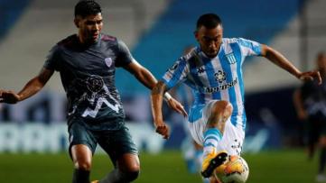 Foto-Racing tuvo un flojo rendimiento pero ganó con un golazo de tiro libre ejecutado por el paraguayo Matías Rojas.jpg