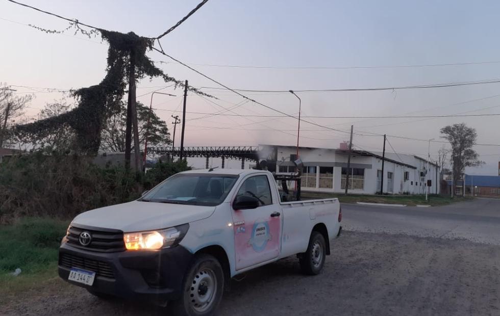 Prosiguen trabajos de fumigacion   de lucha  contra el dengue en toda la ciudad