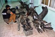 Desbaratan desarmadero de motos y centro de distribución de drogas,  secuestrándose marihuana valuada en 668.000 pesos