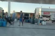 """Vienen de afuera a comprar combustible: """"Esto va generar desabastecimiento pronto"""", advierten desde la Cámara de Estacioneros del Nordeste"""