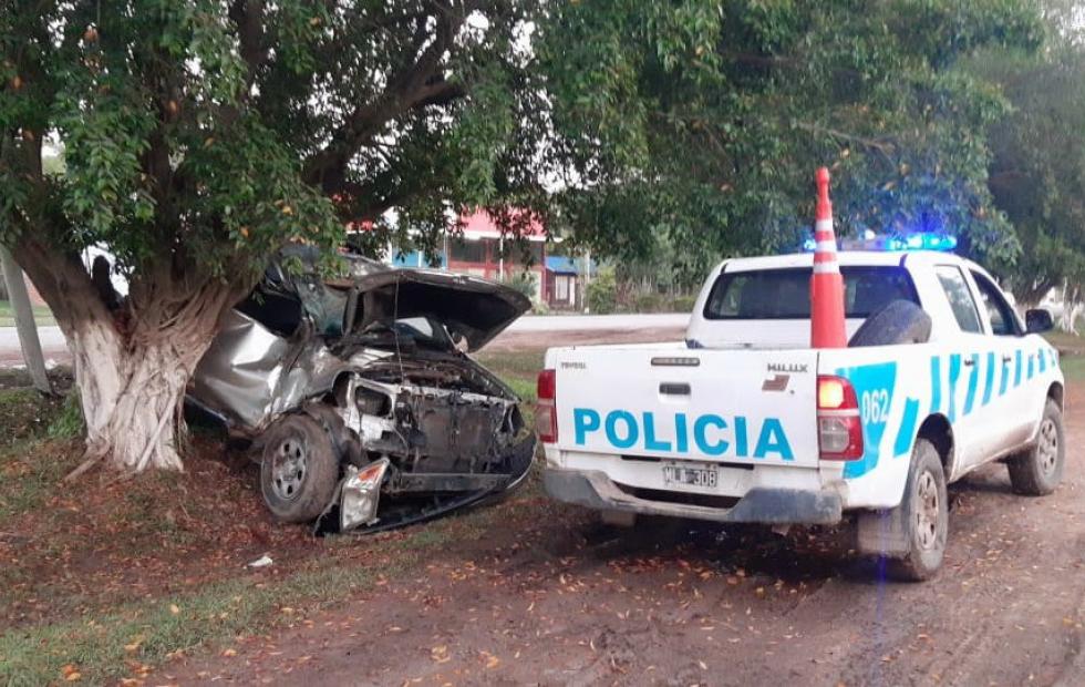 El conductor de una camioneta falleció tras un accidente de tránsito