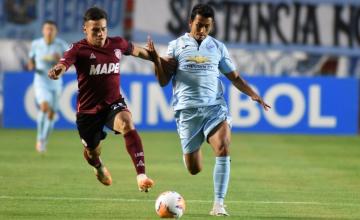 Foto- El equipo argentino comenzó ganando pero sobre el final lo perdió ante el Bolívar..jpg