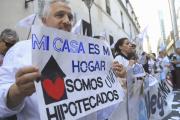 Deudores hipotecarios piden una audiencia con Alberto Fernández por temor a perder sus viviendas