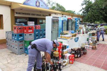 Allanamiento Comercio Büï Sim_n Bolivar  (2).jpg