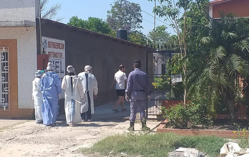 Equipos de salud realizan hisopados  casa por casa en barrios de Clorinda