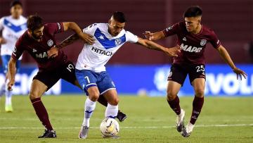 Foto- Lanús se quedó con un global de 4-0 ante Vélez y se convirtió en finalista del certamen..jpg