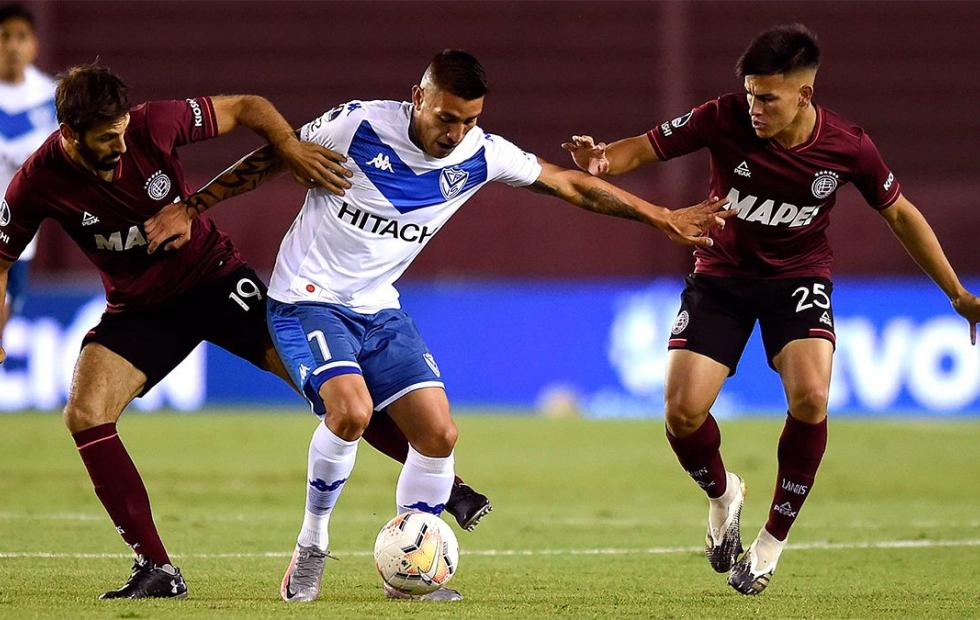 Lanús goleó a Vélez y jugará la final ante Defensa o Coquimbo