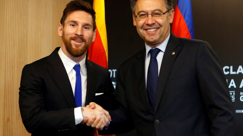 Foto- Bartomeu y Messi.jpg