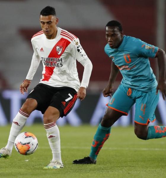 River goleó a la Liga de Quito y ganó su grupo