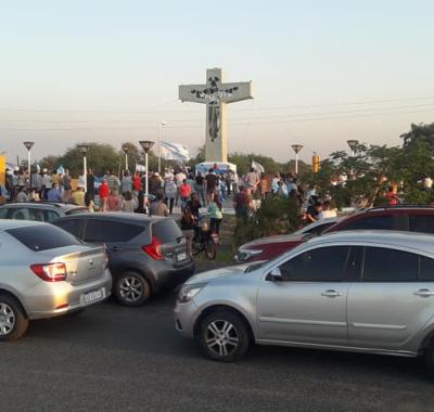 Masiva movilización en la ciudad de Clorinda para pedir el fin del bloqueo sanitario