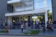 El IASEP de la policía: hay más efectivos custodiando el edificio que afiliados presentes