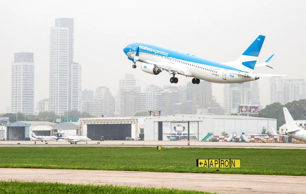 Uno por uno, los requisitos y protocolos que deberán cumplir los aviones, trenes y colectivos para su regreso