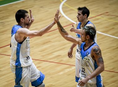 Foto- La Unión derrotó al Remero correntino en el último juego de la jornada de la zona Norte.jpg