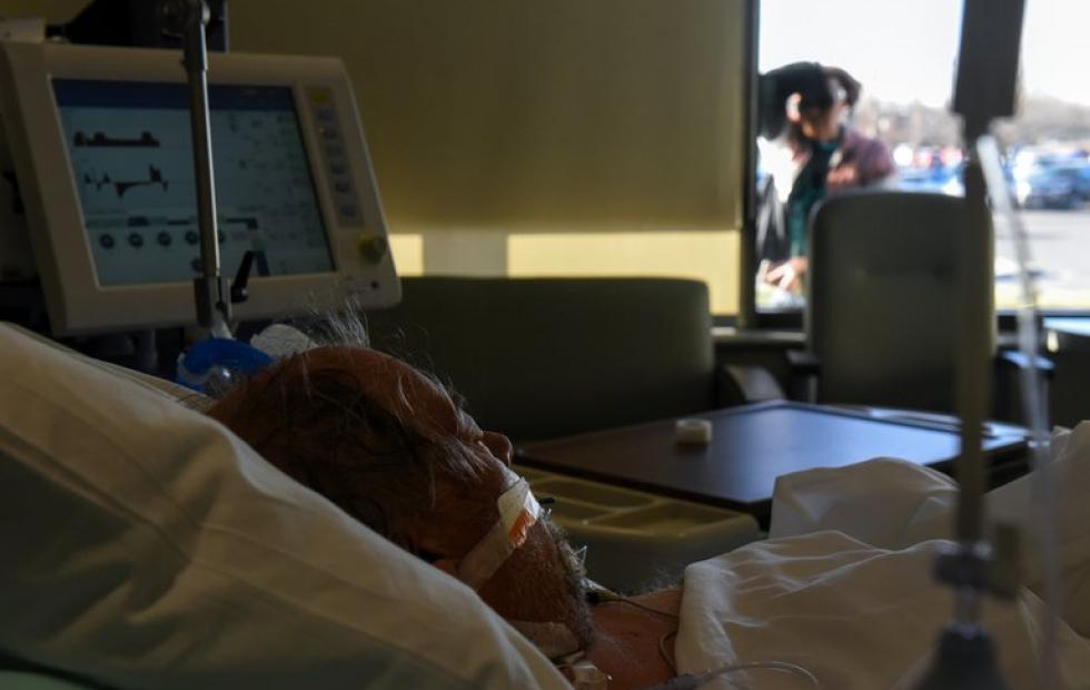 Estados Unidos tiene más de 90 mil personas hospitalizadas por coronavirus, la mayor cantidad durante la pandemia
