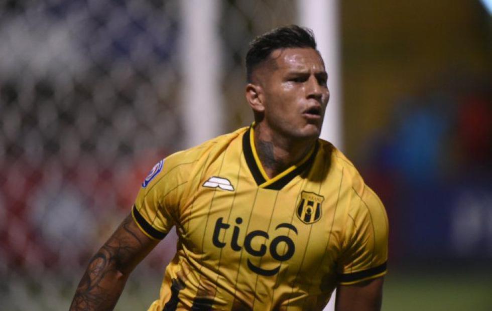 """Raúl Bobadilla vuelve a la """"Albirroja"""""""