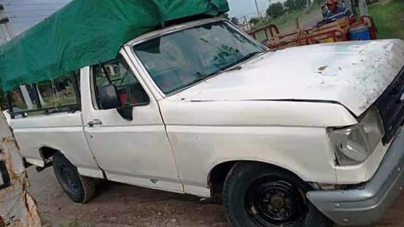 La Policía recuperó una camioneta sustraída del barrio El Porvenir...jpg