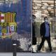 Detuvieron al expresidente del Barcelona tras allanar oficinas del club