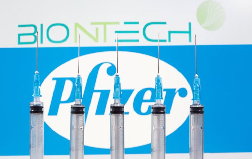 Pfizer y BioNTech presentaron este viernes una solicitud de emergencia para aprobar su vacuna contra el coronavirus en EEUU y la Unión Europea