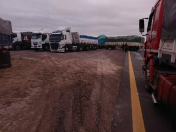camioneros III.jpg