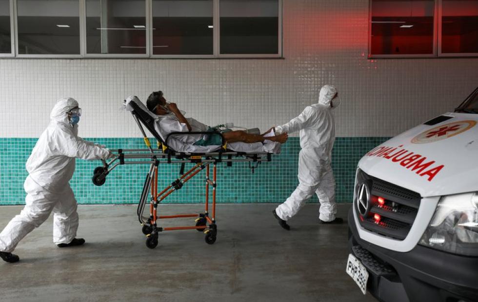 Coronavirus en Brasil: colapsa el sistema sanitario del estado de Amazonas y los médicos tienen que elegir a quién darle oxígeno