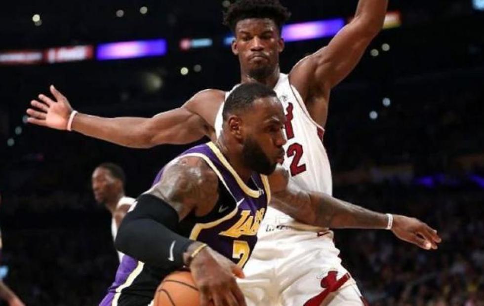 Los Ángeles Lakers y Miami Heat inician las finales de la NBA