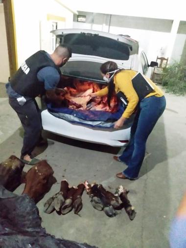 Dos sujetos transportaban 341 kilos de carne vacuna (1).jpg