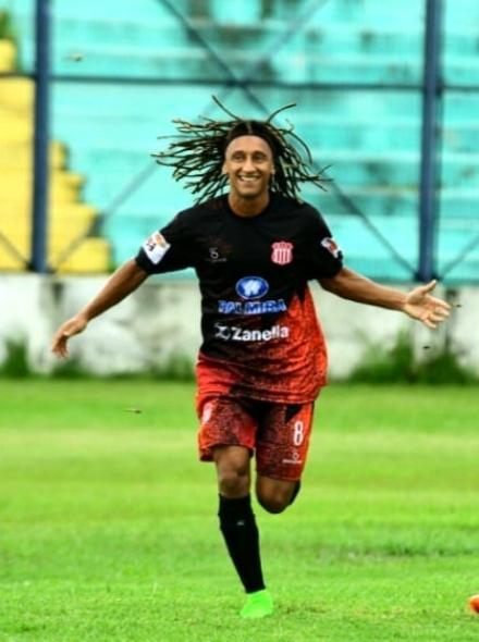 Foto- Francisco De Souza Filho, ex jugador de Sportivo Patria de Formosa..jpg