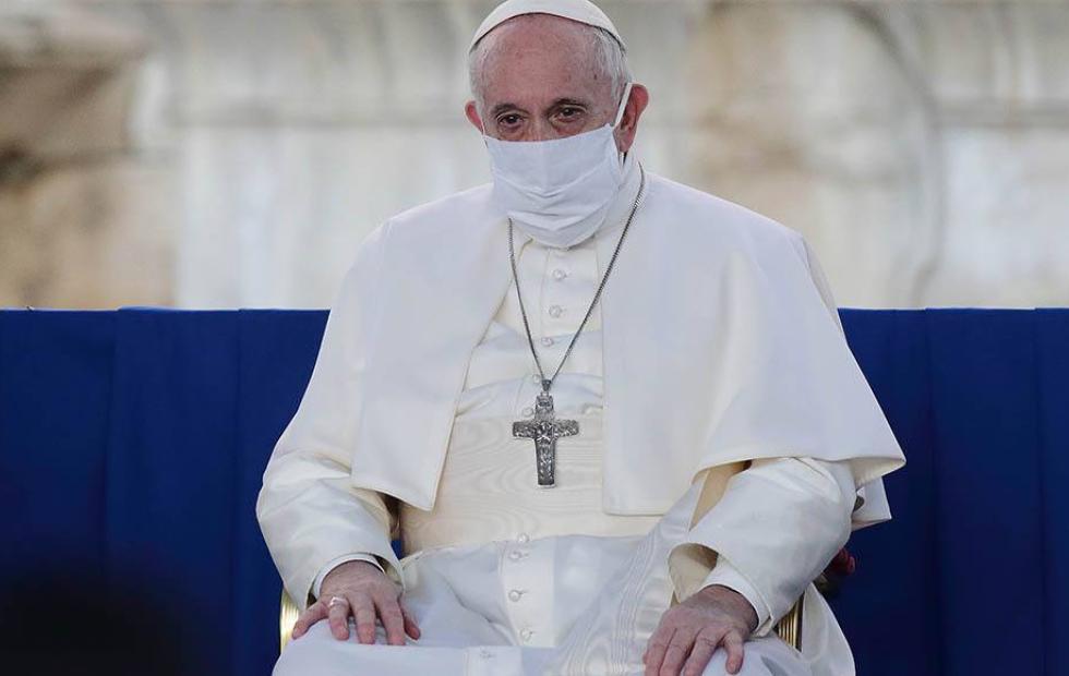 El Papa Francisco fue vacunado contra el coronavirus en el Vaticano