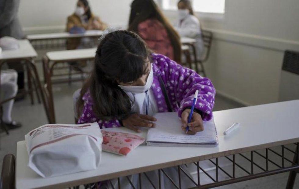 Unicef recomienda la reapertura al menos parcial de las escuelas en la región