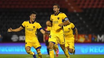 Foto- Boca no brilló, pero con el gol de Izquierdoz, consiguió tres puntos de oro en Rosario.jpg